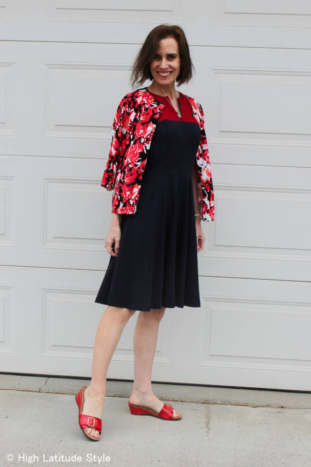 fashion blogger over 50 in commencement guest look