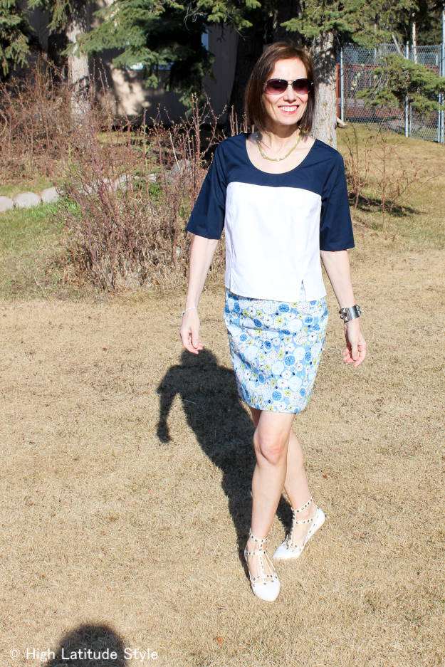 fashion blogger over 50 in boxy top with pencil skirt