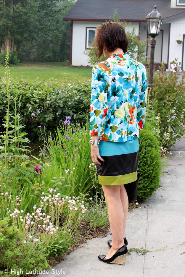 #styleover40 daring to wear color over 40 @ http://www.highlatitudestyle.com