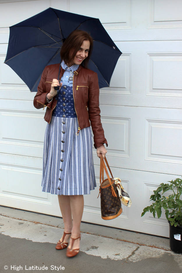 #over50fashion dirndl outfit for a rainy summer day
