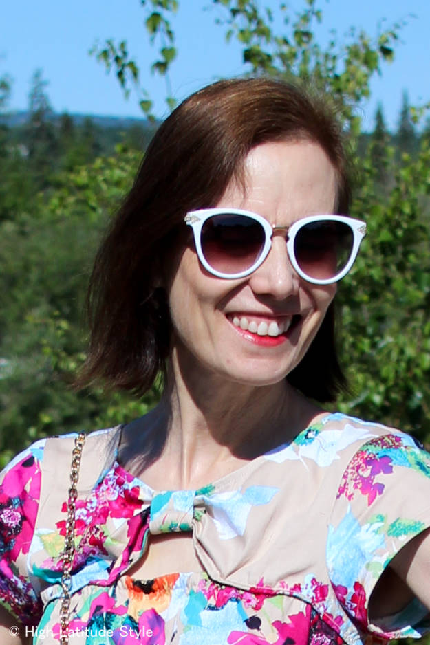 You are currently viewing 8 Tips to Buy Flattering Glasses Online – Review