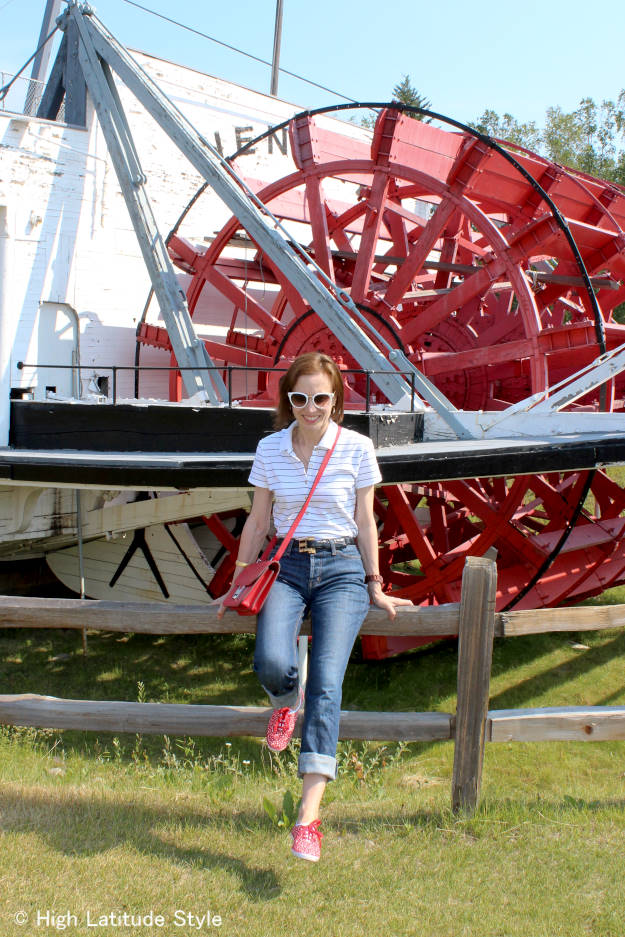 over 50 years old fashion blogger in red-white-blue casual outfit