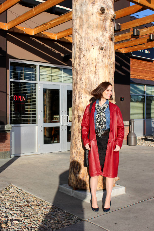 #fashionover40 mature woman wearing Fairbanks Formal