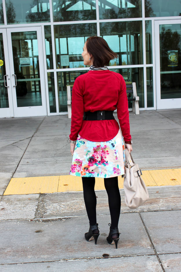#fashionover40 #fashionover50 back view of OOTD at the weekly Top of the World Style fashion linkup party @ High Latitude Style @ http://www.highlatitudestyle.com