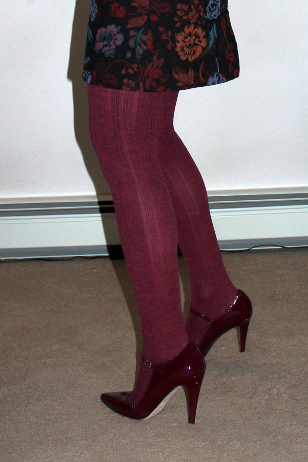 triple rib texture tights with ankle strap pumps