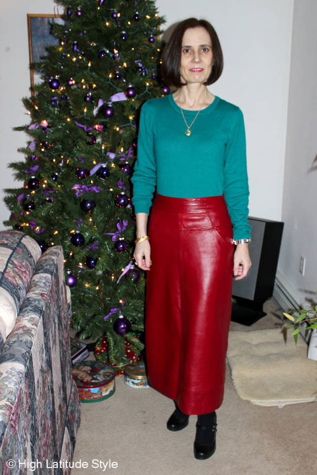 #midlifestyle woman in Christmas outfit