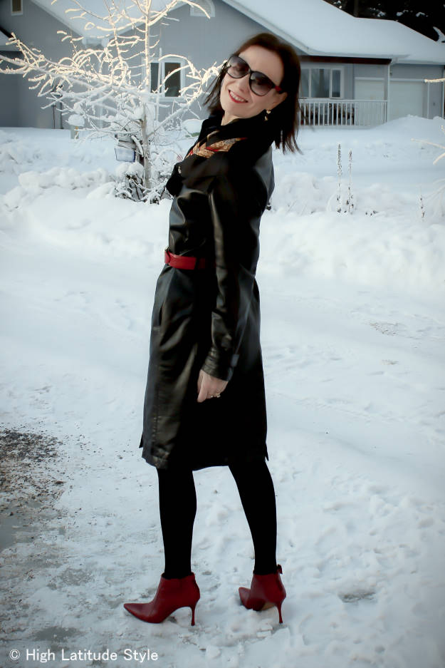 #maturestyle fashion blogger in leather dress and red ankle boots