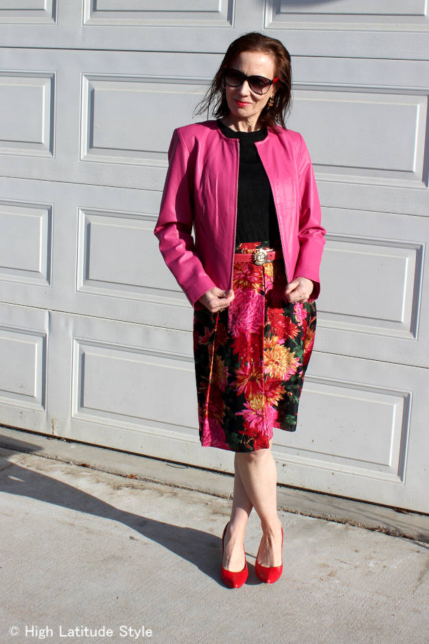 #fashionover50 mature woman in a Mother's Day outfit for a brunch