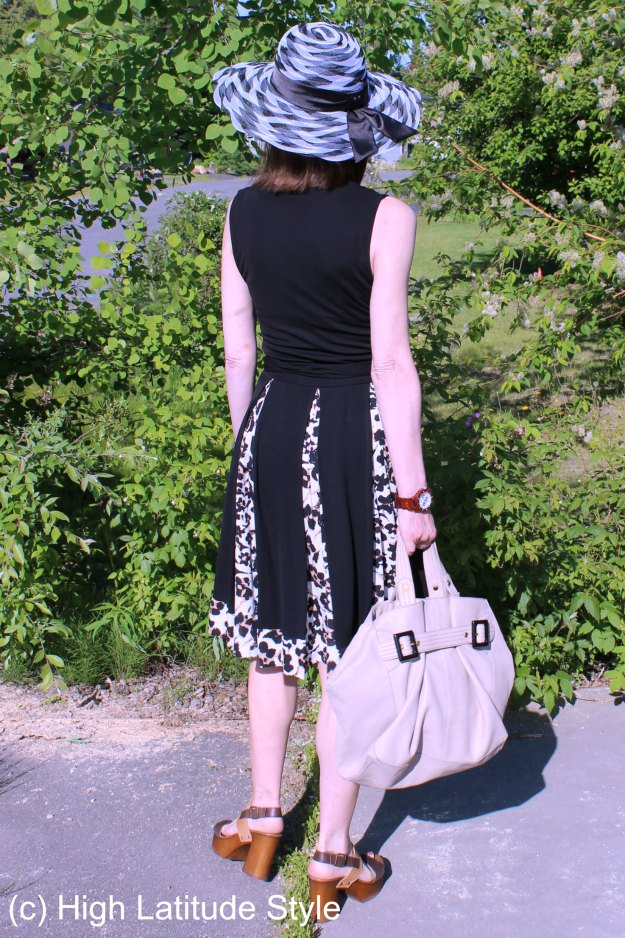 #over50style woman in summer outfit