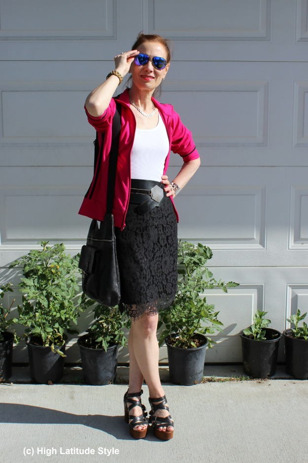 #fashionover40 mature woman wearing a skirt with a sport jacket