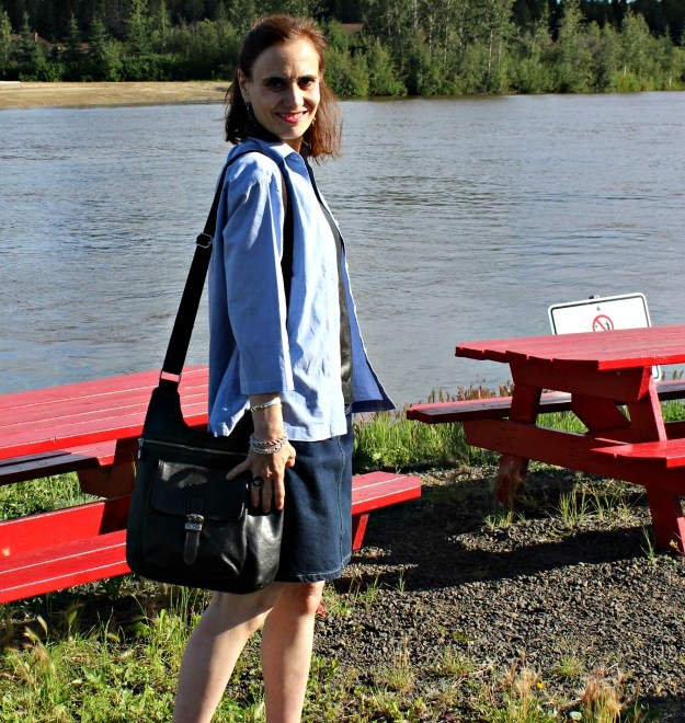 #Fashionover50 mature woman in weekend look at the Chena River