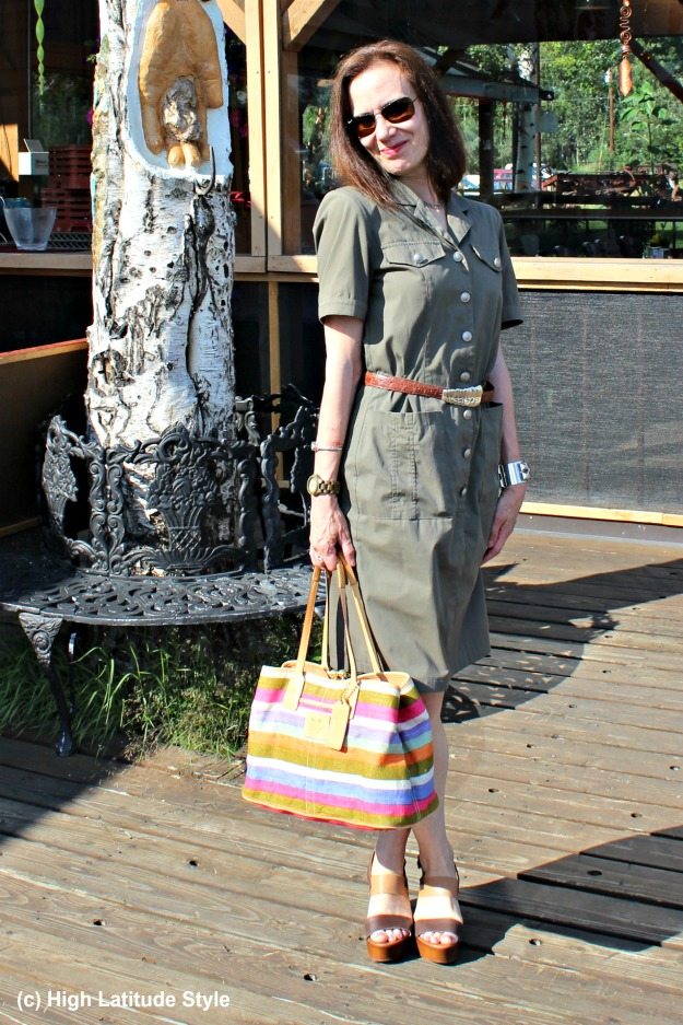 #styleover50 50+ woman in summer work outfit with wood sandals