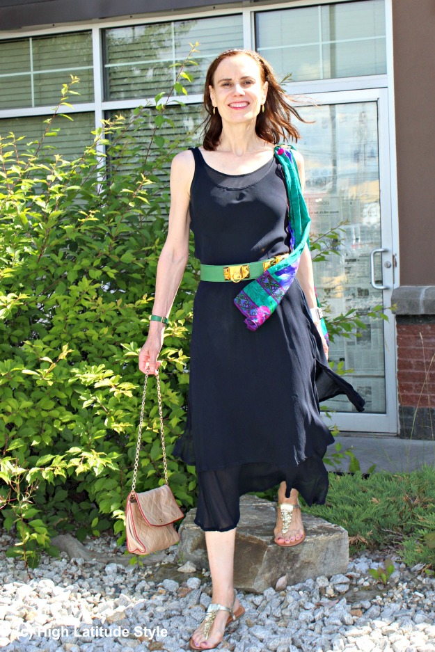 #maturefashion 40+ woman in a summer dress with scarf