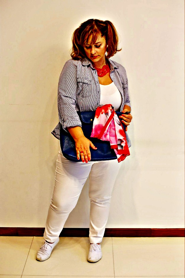 #hairover50 #fashionover50 Anna Shirley, blogger at Glam Adventure wearing red