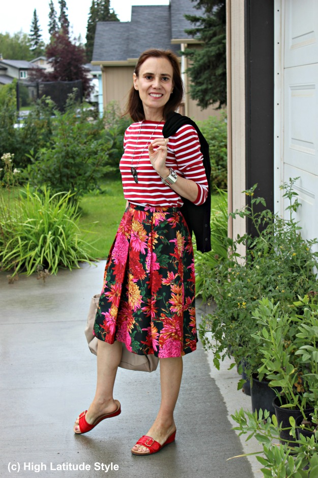 #fashionover40 mature woman in summer outfit with stripes and floral print