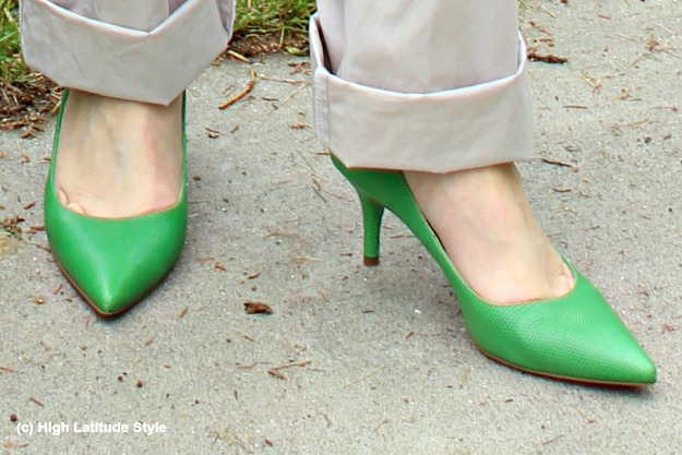 #trendsover50 Kelly green pumps