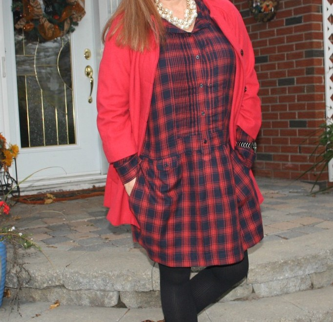 #redheads #fashionover40 redhead wearing red