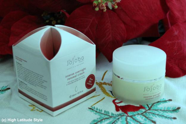 Jojoba intense overnight renewal cream – review