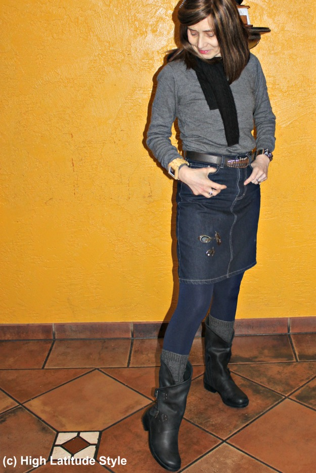 over 50 years old fashion blogger in chic winter outfit with Coolway booties