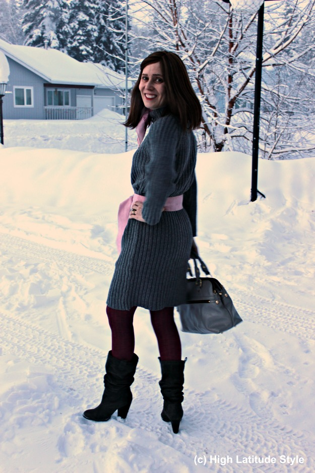 fashion blogger in gray pink winter office outfit