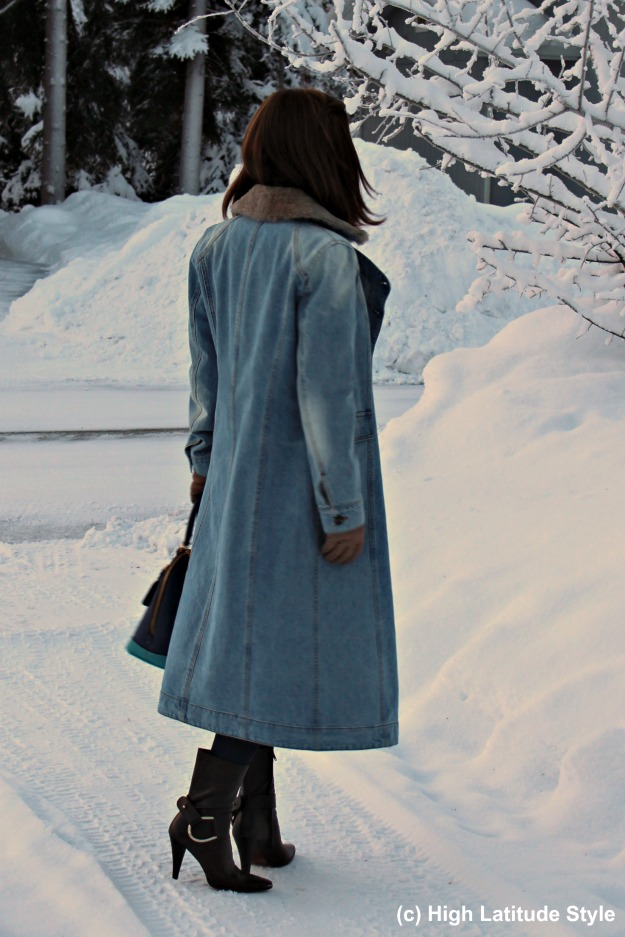 #fashionover40 woman in winter outfit