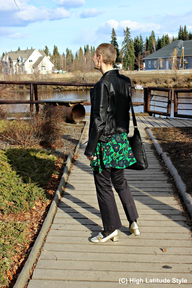 #Styleover40 woman in Casual Friday outfit