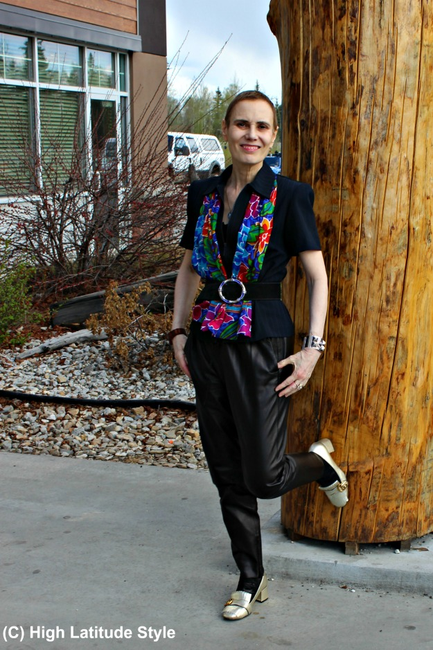 fashion over 50 woman in joggers