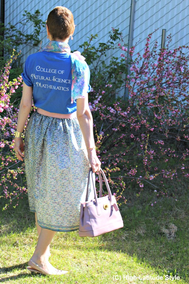 #maturefashion woman with DIY skirt