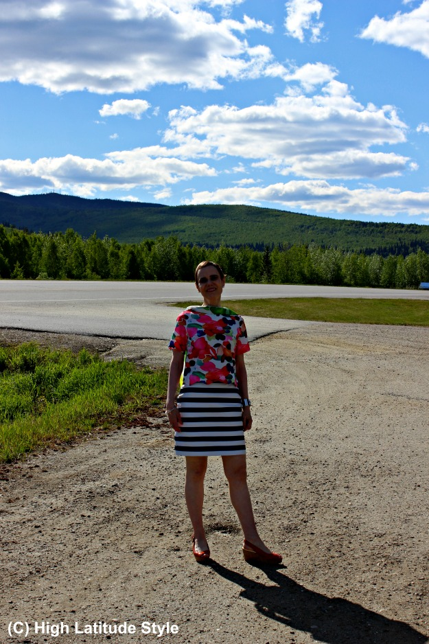 fashion blogger over 40 in top and skirt