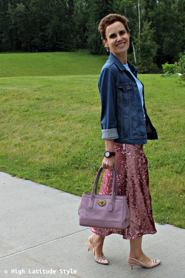 #styleover40 woman in street style look