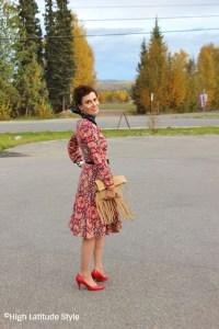Dress + clutch + pumps = instant chic