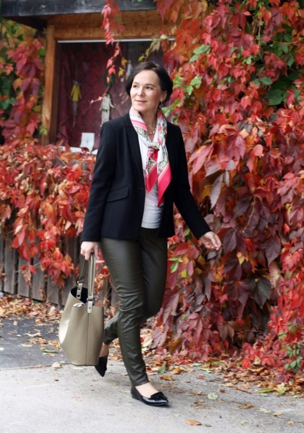 #styleover50 lady of style in leather leggings and blazer
