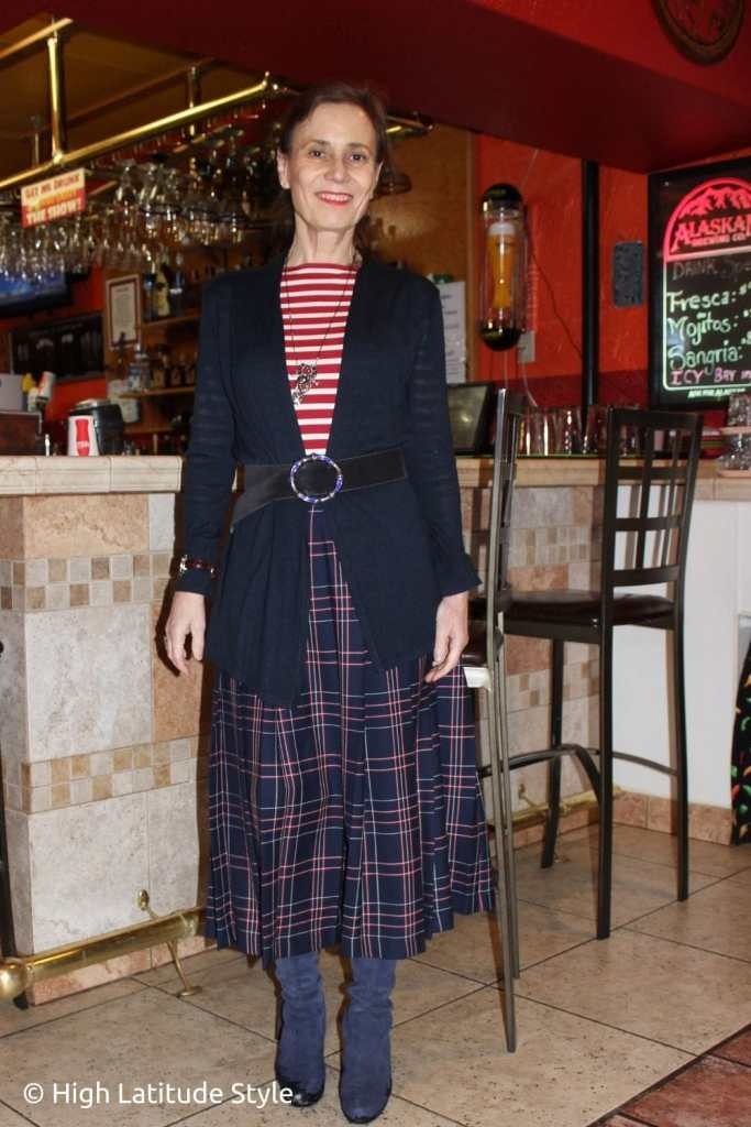 classic Thanksgiving look in blue-red-white for family dinner or lunch