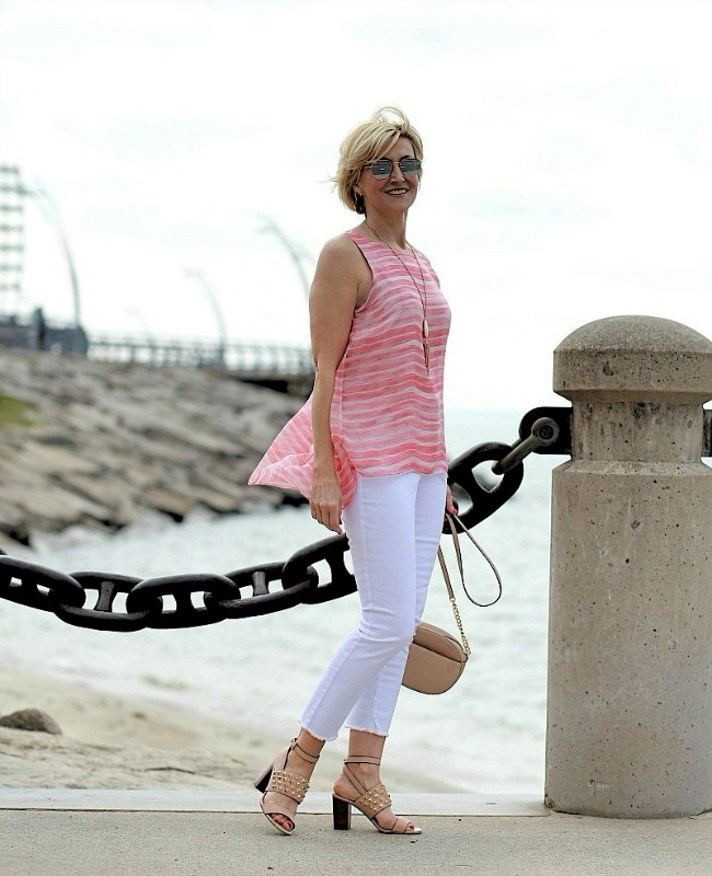style blogger over 40 Deborah staying cool in a posh casual summer look on a humid windy day