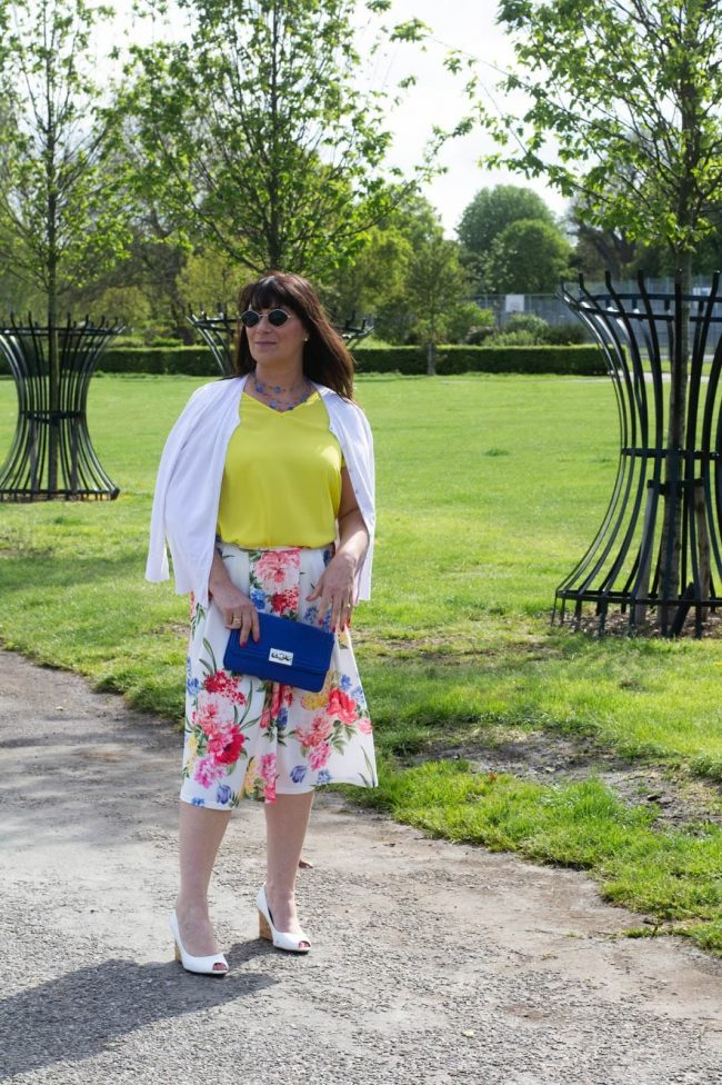 Top of the World Style OOTD Readers' Fav Jacqui ins floral skirt summer outfit