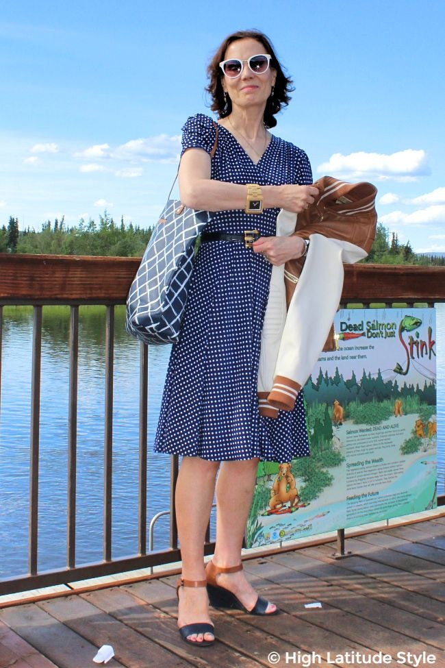#fashionover50 woman in blue white tan summer office attire with briefcase