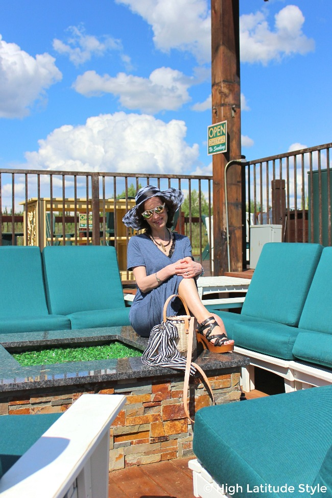 See my joyful, chic vacation and travel look