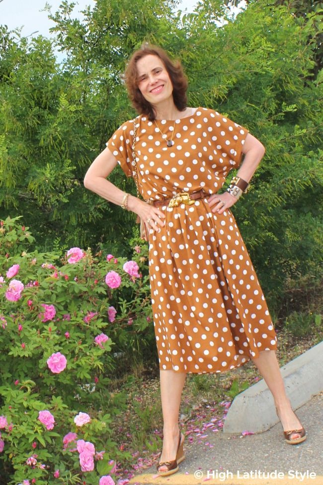 #advancedfashion midlife woman in summer wardrobe