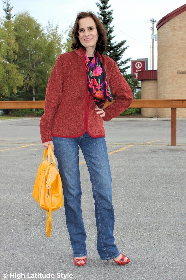 #fashionover50 older lady in jeans, pumps, zipped jacket with yellow bag #WhistleRiver