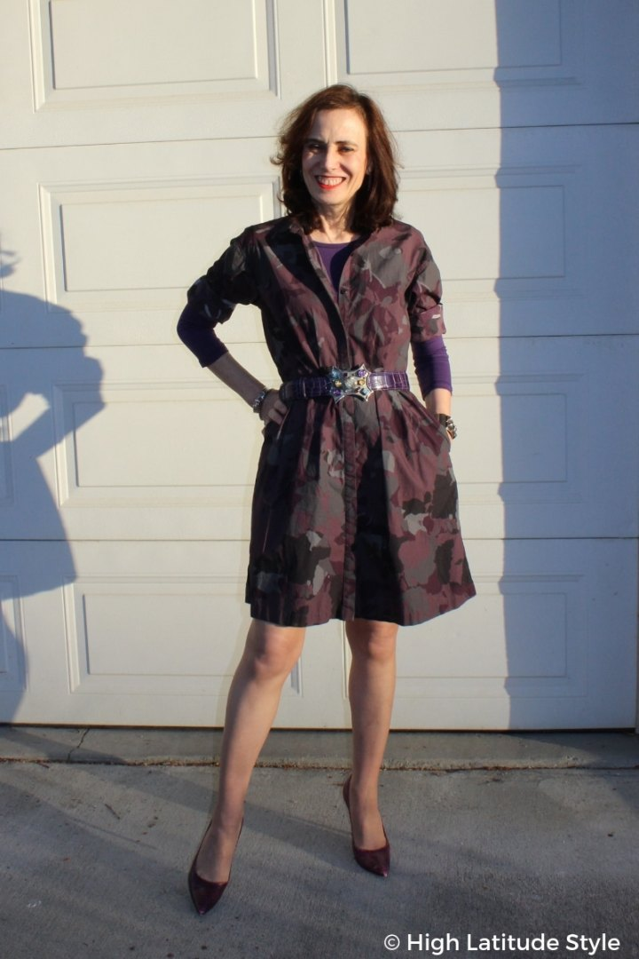#styleover50 Nicole in camouflage shirt dress with matching pumps, belt and halftee