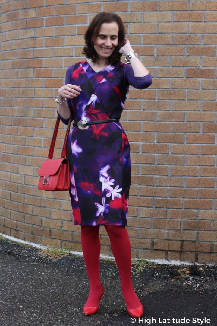 #styleover50 High Latitude Style in a printed sheath, tight, pumps good work outfit in purple and red