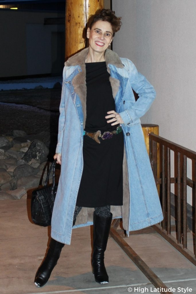 over 50 years old fashion blogger in denim coat and dress with leo tights