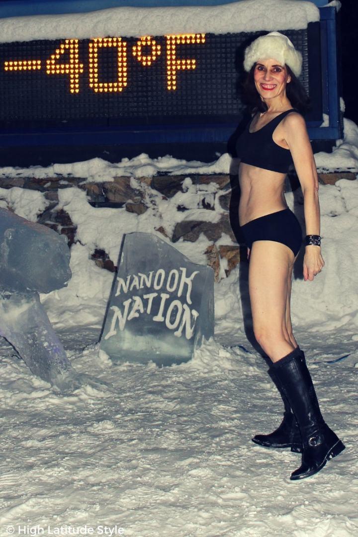 #maturestyle fashion blogger in swimwear at -40F