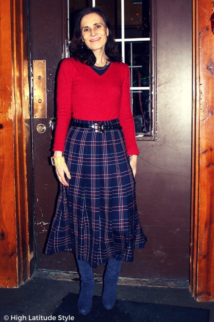 Nicole Mölders in plaid skirt sweater office winter look