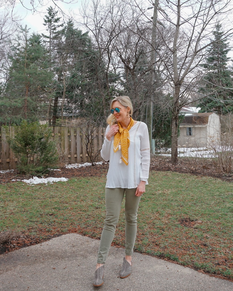 Top of the World Style Winner Jill wearing a polka dot scarf in spring for a pop of color