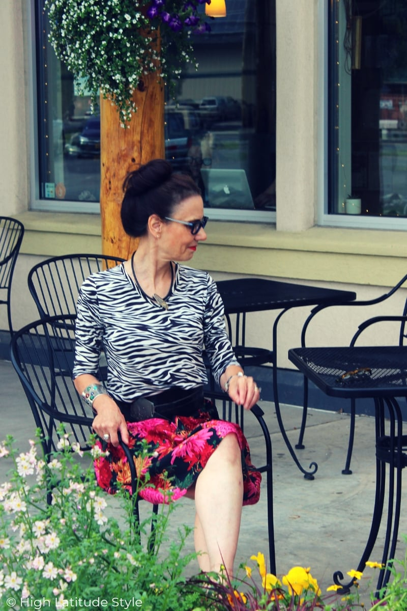 Nicole of High Latitude Style in floral and zebra mixed summer look and matching glasses