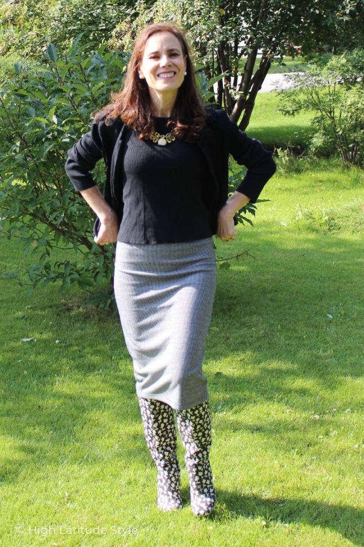 style blogger in midi skirt with twinset and boots autumn office look