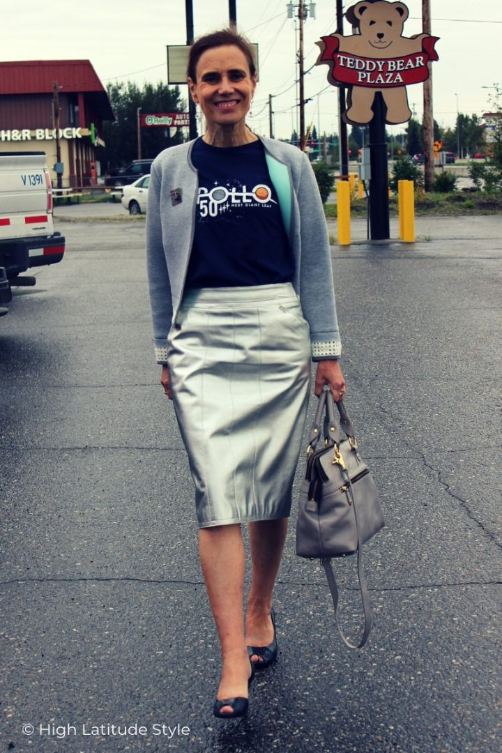 midlife blogger in silver skirt, scuba cropped jacket, open-toe pumps with shark Pippa bag