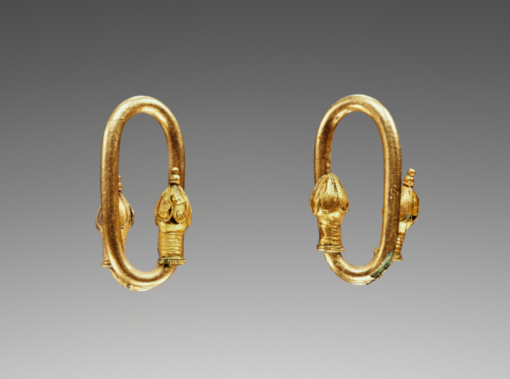 5th centrury bronze and gold hoops from Greece