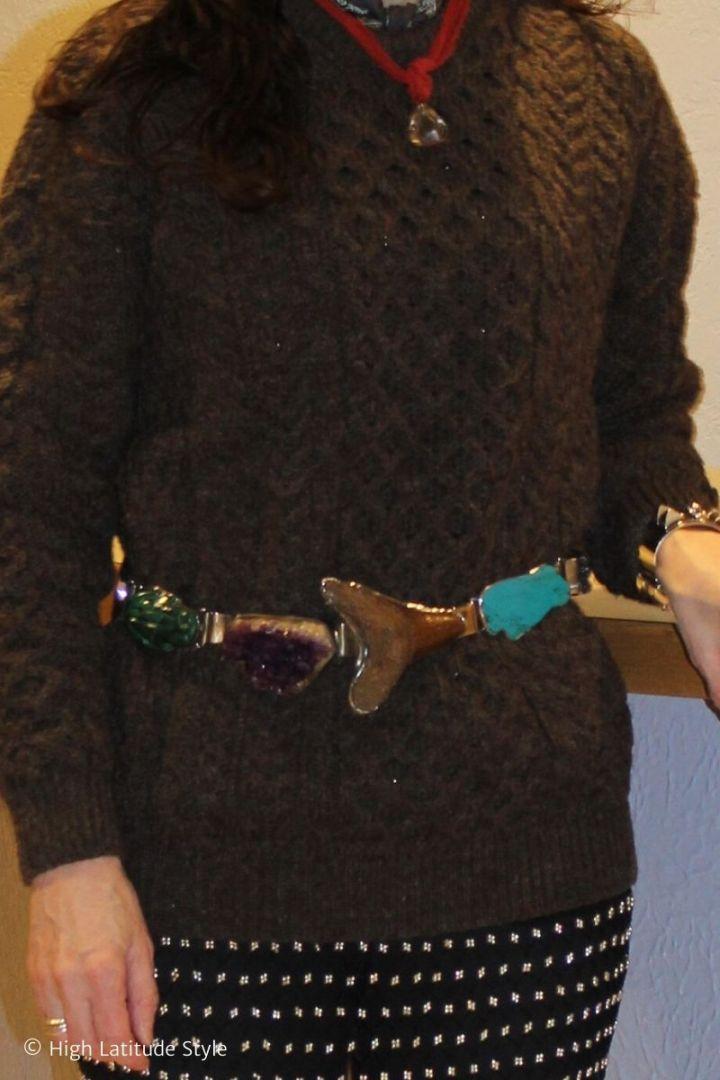 accessories a gemstone belt